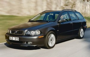 2003-Volvo-V40-Glass.net