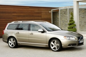 2010-Volvo-V70-Glass.net