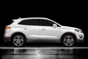 2016-Lincoln-MKC-Glass.net