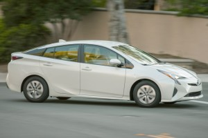 2016 Toyota Prius Glass.net