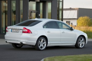 2016-Volvo-S80-Glass.net
