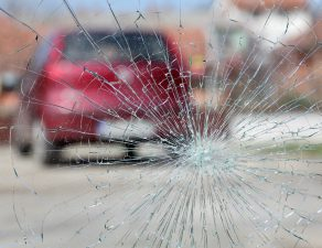 driving with a cracked windshield